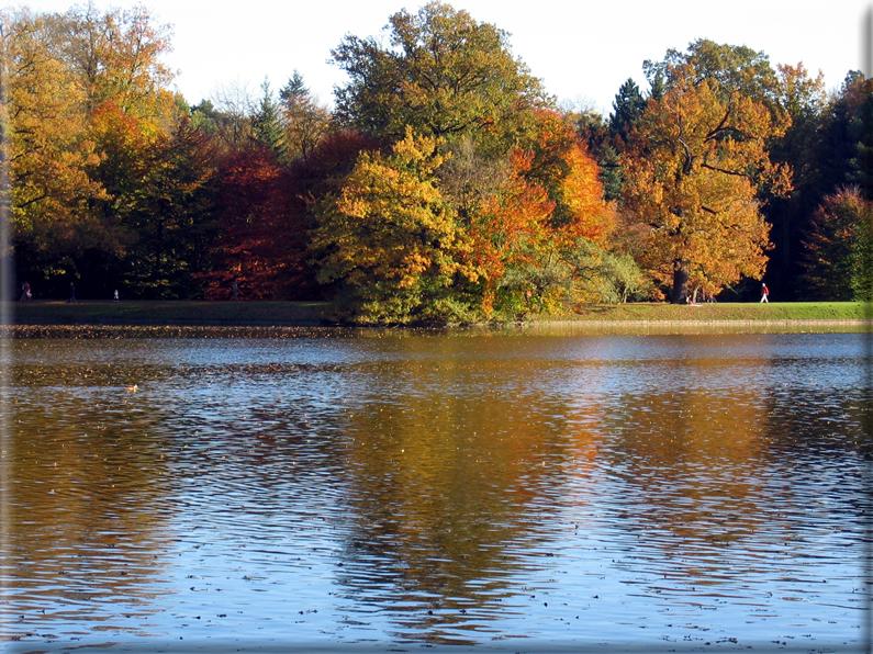 Sfondi per desktop paesaggi autunnali sfondo 024 for Immagini autunno hd