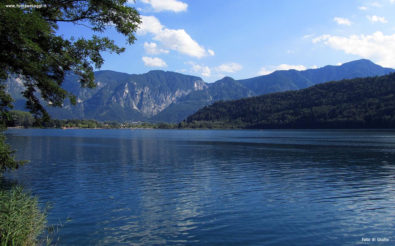 Sfondi per desktop laghi e fiumi sfondo 059 for Cabine per laghi